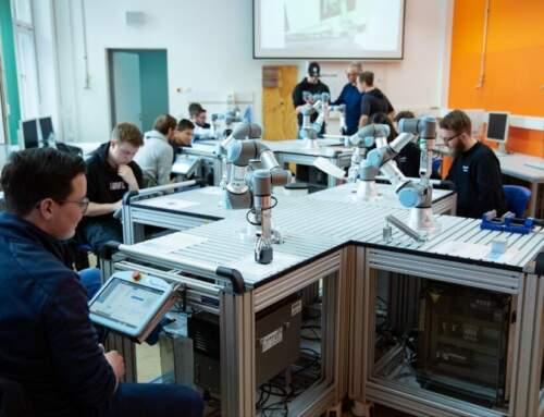 Les cobots à l'école – Comment les intégrer facilement dans la classe ?