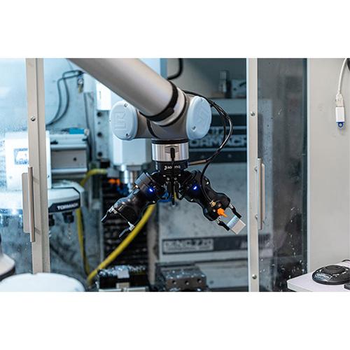 Robotiq CNC Machine Tending Kit